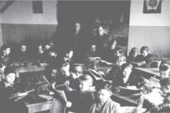 rok-1953-w-świetlicy-szkolnej