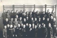 rok-1953-na-sali-gimnastycznej